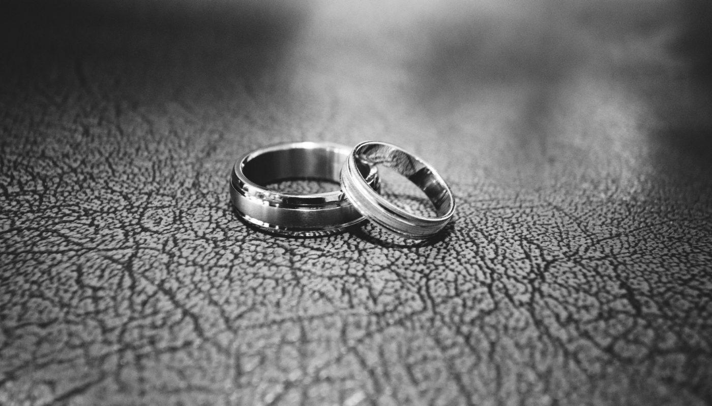 Comment bien choisir son alliance de mariage